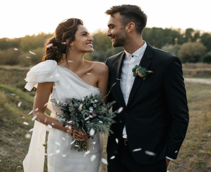 Portrait of a couple on their wedding day