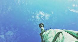 Por Qué Debes Declarar tus Impuestos Sin Importar tu Situación Migratoria