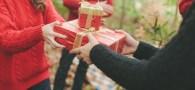 Da el regalo de las donaciones caritativas en el Giving Tuesday (Martes para Dar)