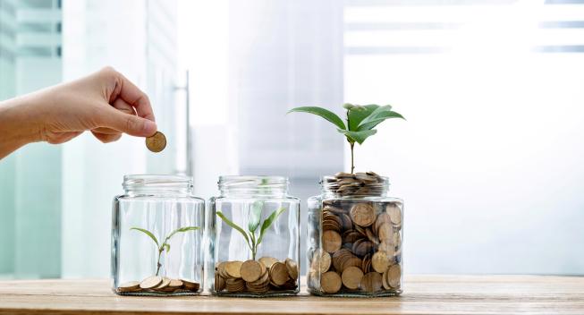 Este año empecé a invertir. ¿Qué debo saber a la hora de presentar mi declaración de impuestos?