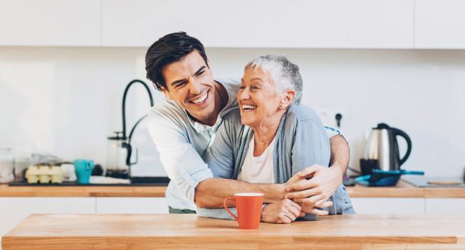 ¿Puedes reclamar a tus padres como dependientes?