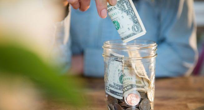 ¡Toma nota de cómo ahorrar! Es el día nacional de la conciencia financiera