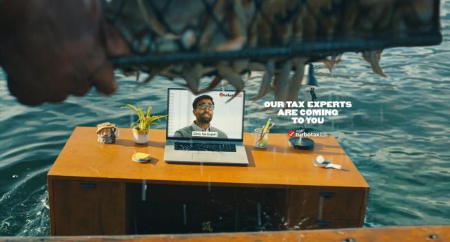 """La nueva campaña de la marca TurboTax Live trae a los expertos """"Directamente a ti"""""""