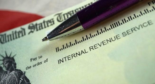 ¿Mi cheque de estímulo afecta mis impuestos?