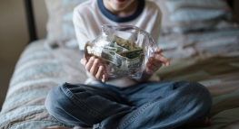 Fun Ways to Teach Your Kids About Saving Money