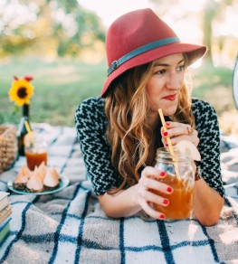 5 Fun and Frugal Ways to Save This International Picnic Day