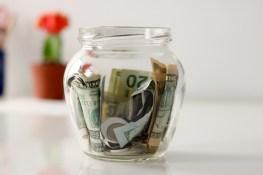 Holiday Bonus Season:  How Your Holiday Bonus is Taxed
