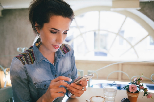 Ways Your Phone Fixation Can Help You Save