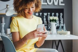 Are Business Networking Apps Tax Deductible?