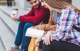 How to Balance Your Budget During College Savings Month
