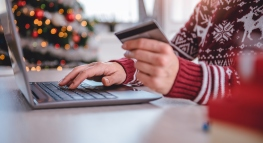 5 Ways to Stay Clear of Holiday Credit Card Debt